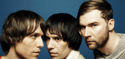 Un single de Noël pour The Cribs