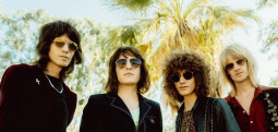 Temples au Paris International Festival Of Psychedelic Music