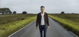 Tom Chaplin présente son premier single