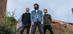 Biffy Clyro reprennent David Bowie