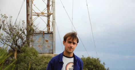 Premier album pour Theo Verney